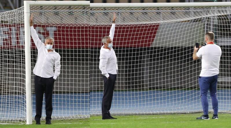 Europa League: porta troppo piccola, Mourinho la fa cambiare
