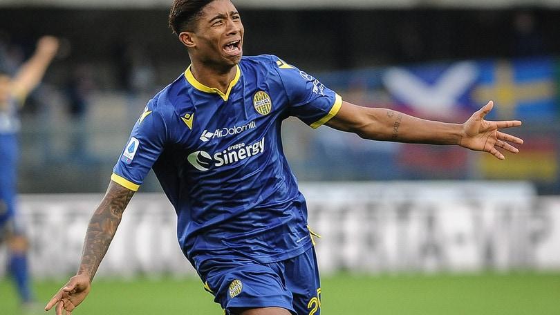 Verona, ufficiale: torna Salcedo in prestito dall'Inter
