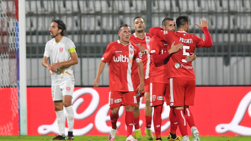Monza al 3° turno di Coppa Italia: 3-0 alla Triestina