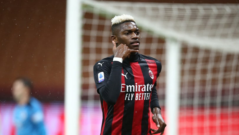 Milan-Spezia 3-0, Pioli in testa grazie a Leao e Theo Hernandez