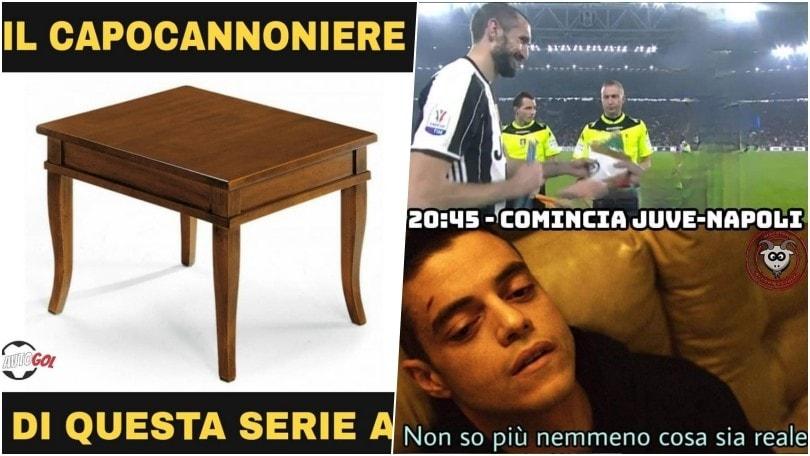 È Juve-Napoli anche sui social: quante ironie!