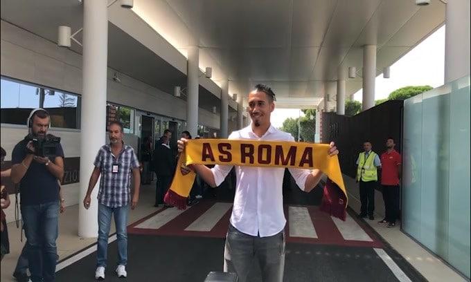 Roma, che colpo: torna Smalling