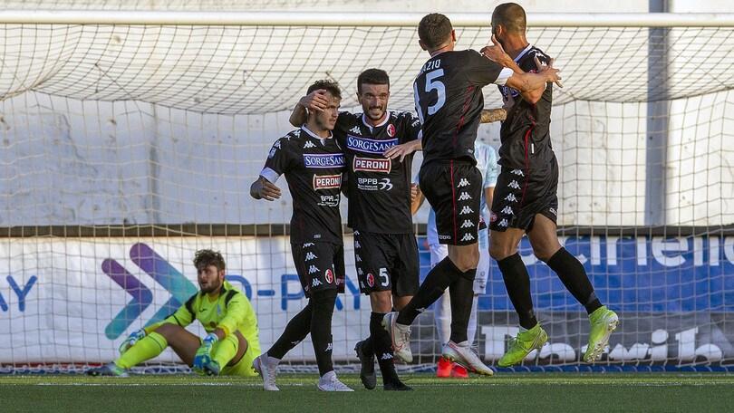 Celiento show, il Bari vola: 3-2 esterno alla Cavese. Catania-Juve Stabia 1-0