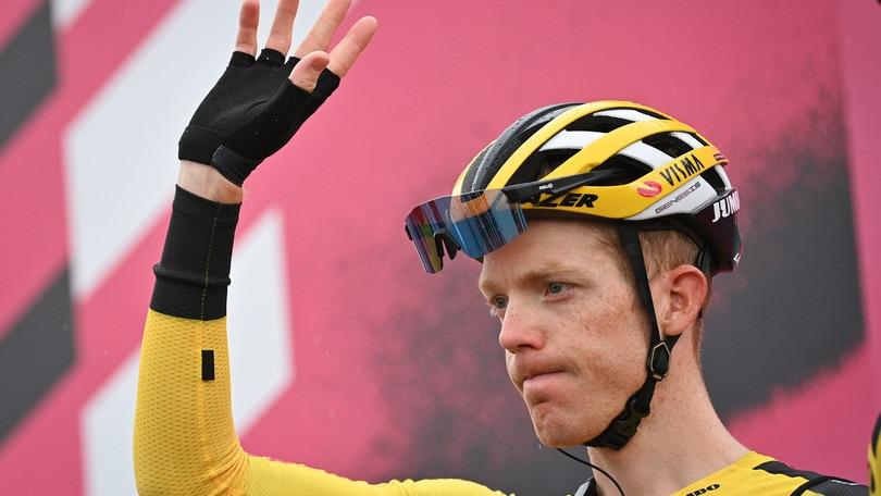 Giro d'Italia, dopo Yates si ritira anche Kruijswijk per positività al covid