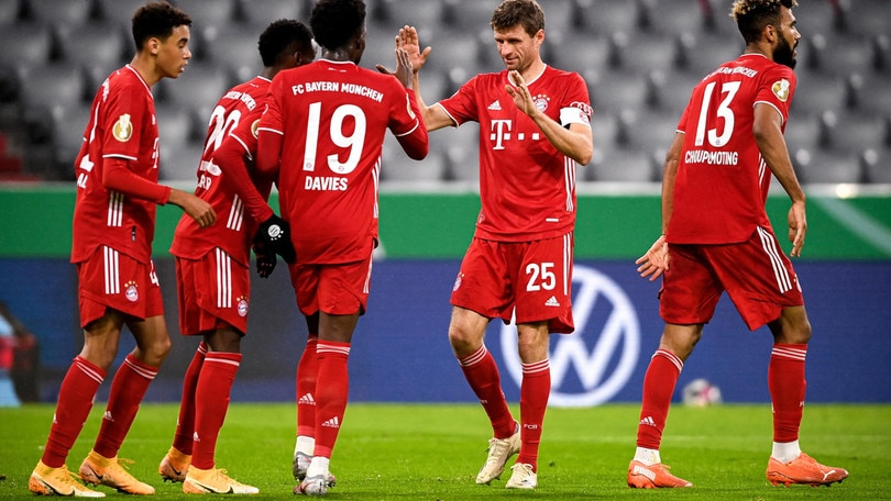 Coppa di Germania, il Bayern Monaco cala il tris: esordio per Douglas Costa