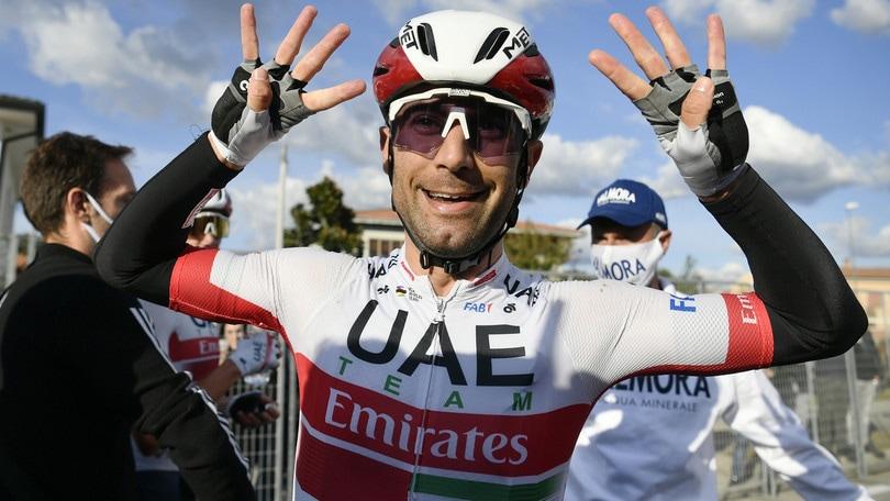 Ulissi vince in volata la 13ª tappa del Giro d'Italia. Almeida resta leader