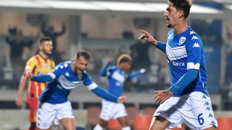 Brescia-Lecce 3-0, doppio Ndoj e Ayé piegano Corini