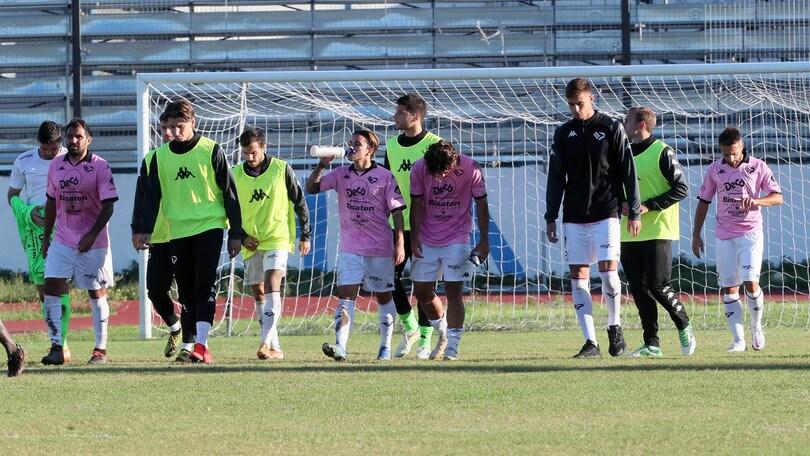 Il Palermo non sa vincere: ko anche a Bisceglie. Perugia, 2-0 alla Fermana