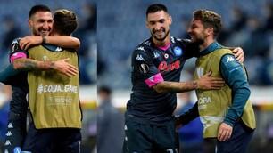 Politano, che abbraccio con Mertens dopo il gol alla Real Sociedad