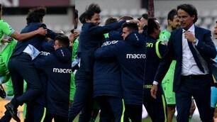 Lazio, l'abbraccio di Inzaghi: corre e salta sopra a tutti!