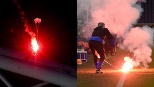 Sampdoria-Genoa, lanciati fumogeni col paracadute