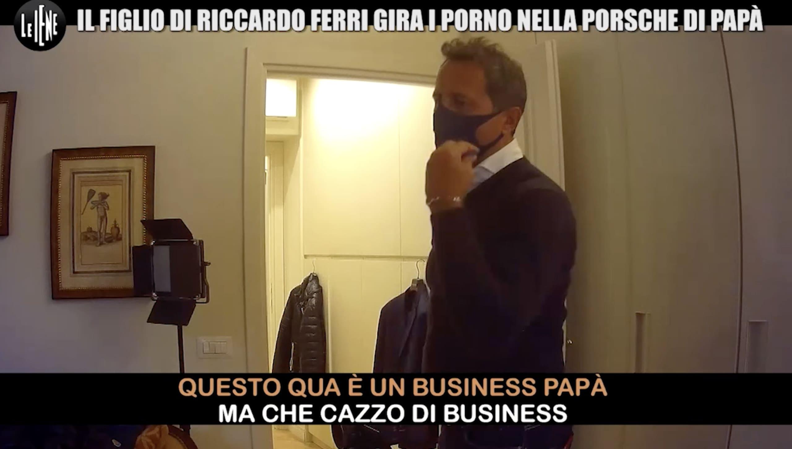 Il figlio gira film porno: Riccardo Ferri e lo scherzo delle Iene