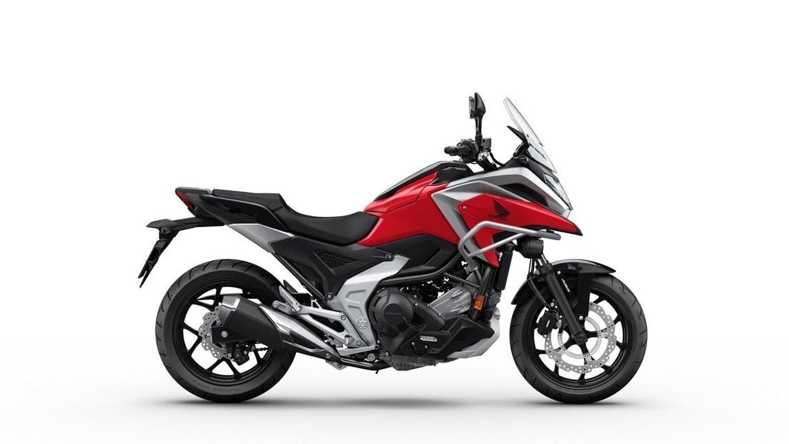 Honda NC750X 2021: le immagini
