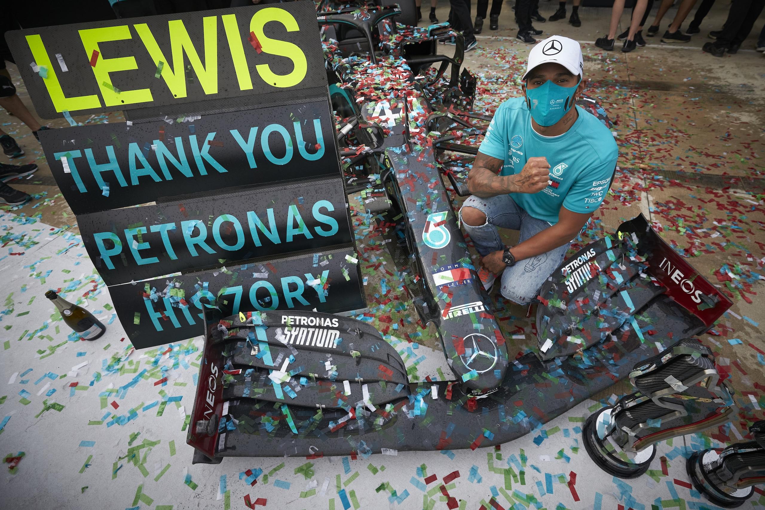 Lewis Hamilton: la storia di una leggenda della Formula 1 VIDEO