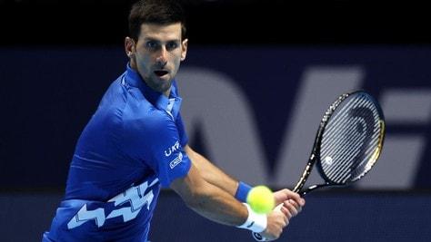Atp Finals, Djokovic batte Zverev e va in semifinale