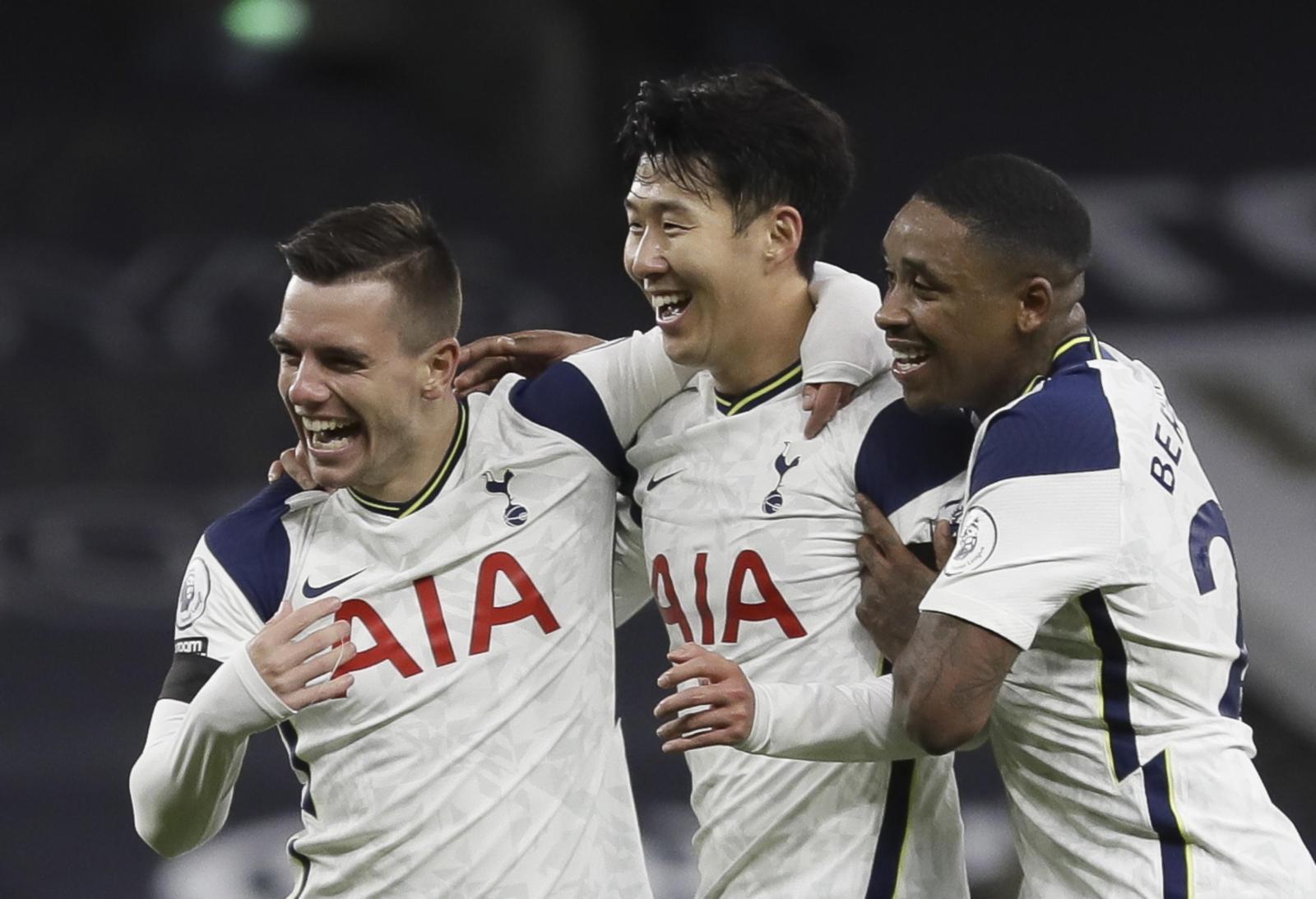 Mourinho batte Guardiola, Tottenham in vetta alla Premier League