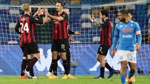 Ibrahimovic super affonda il Napoli: il Milan vola anche con Bonera