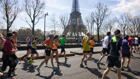 Medici e federazioni sportive francesi chiedono la revoca delle limitazioni sportive