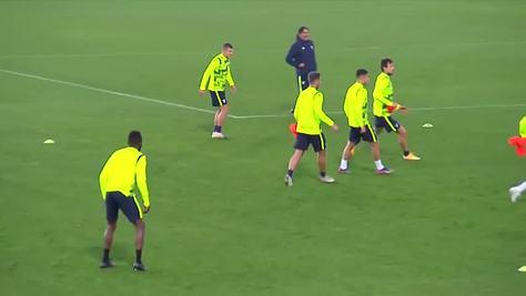 Lazio, la grinta di Inzaghi in allenamento