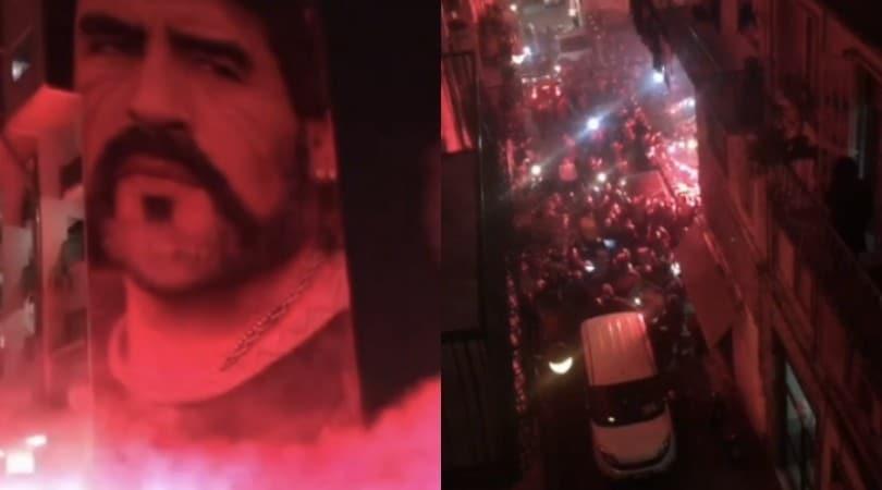 Maradona, a Napoli cori e fuochi sotto ai murales