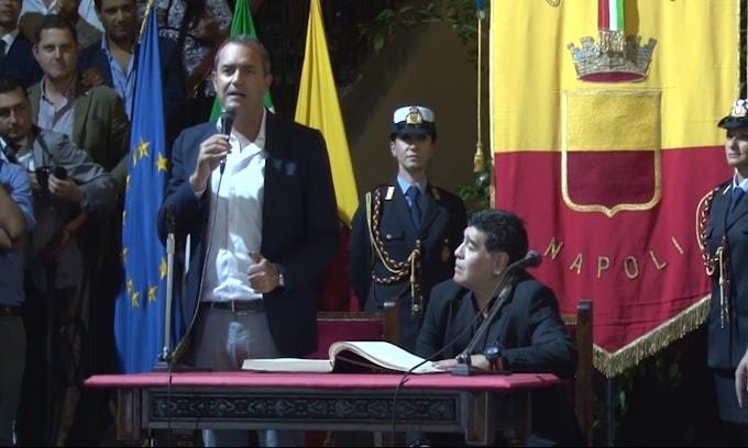 Napoli, il San Paolo verrà intitolato a Maradona
