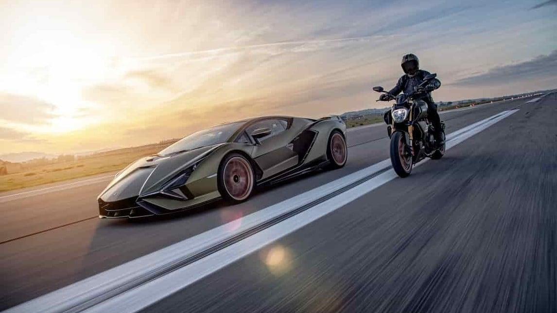 Ducati Diavel 1260 Lamborghini: le immagini