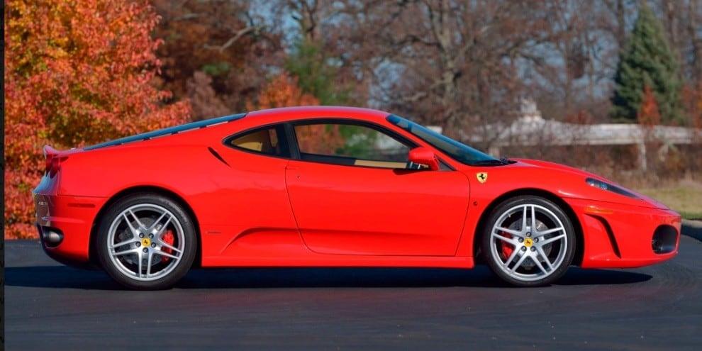 Ferrari F430 di Trump all'asta: le immagni