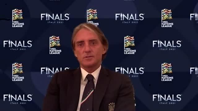 """Mancini: """"Maradona? Ti faceva divertire anche da avversario"""""""