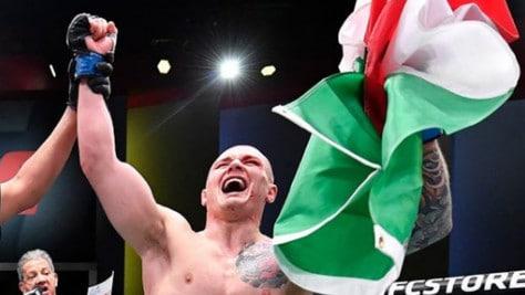 UFC, l'italiano Vettori batte il numero 4 del ranking dei pesi medi