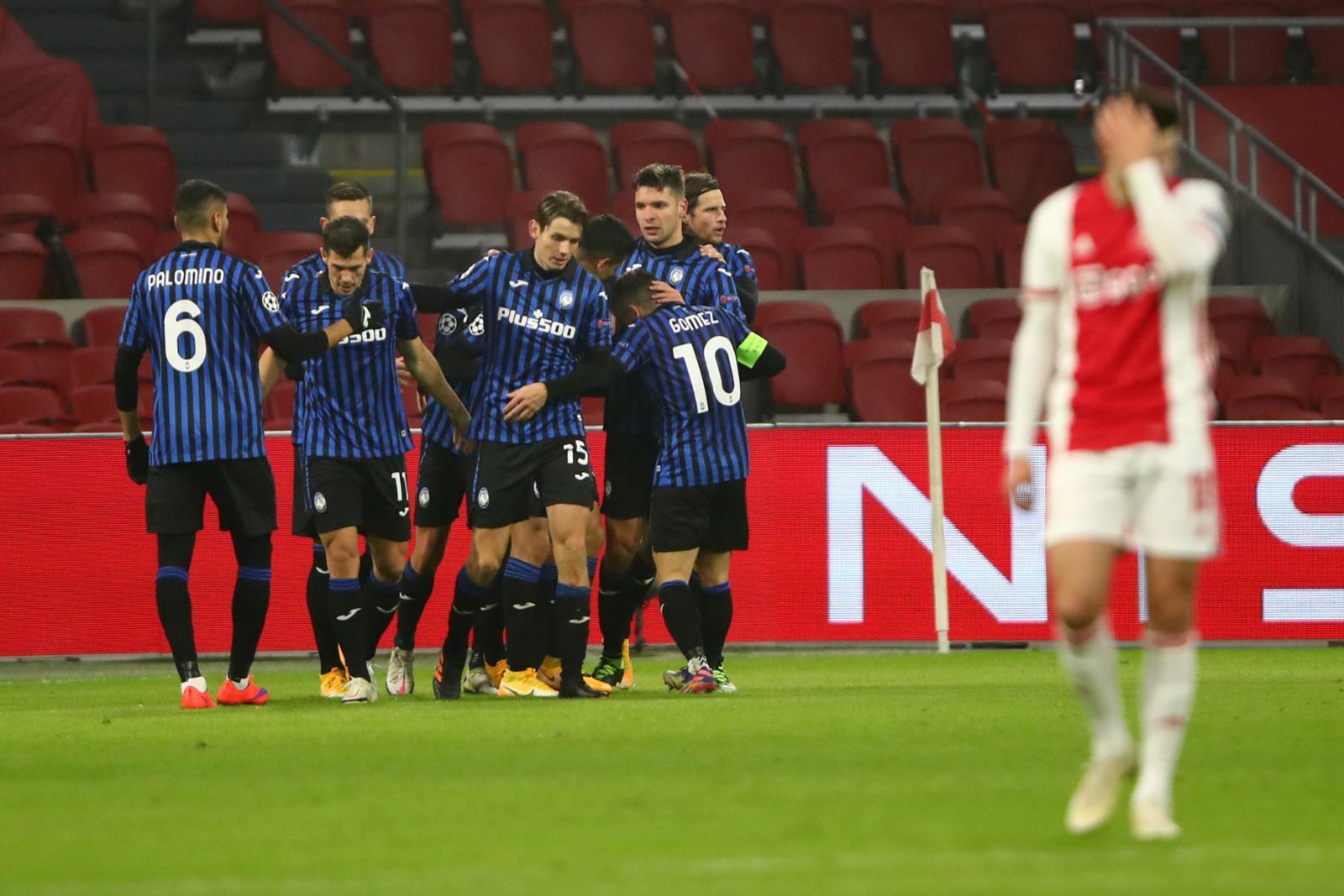 Muriel, che gol! L'Atalanta vola agli ottavi di Champions