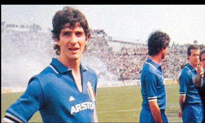 Lutto nel calcio, addio a Paolo Rossi