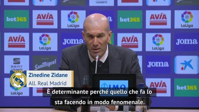 """Zidane sul paragone CR7-Benzema: """"Karim non fa solo gol"""""""