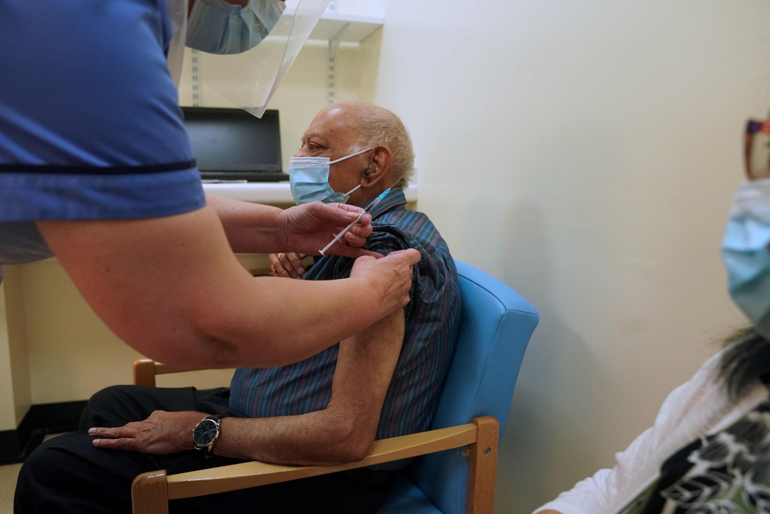 020836833 c4edd385 3731 4823 aed3 a9278a8cd03b - Covid, nel Regno Unito test su un farmaco per immunità immediata