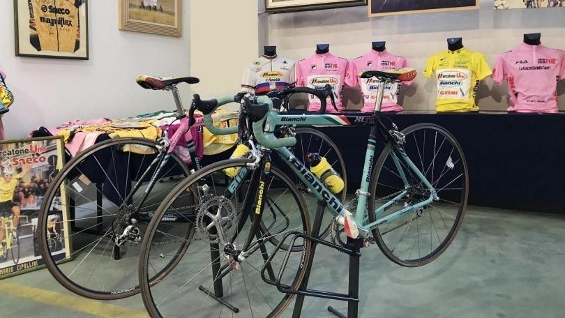 123549644 e8707946 76c9 4161 af68 b552055ef0c6 - Pantani stacca tutti ancora una volta: la sua bici battuta all'asta per 66mila euro