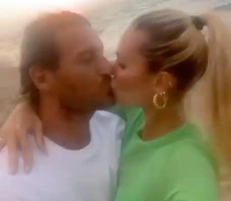 Capodanno Totti, ecco l'emozionante video pubblicato da Ilary