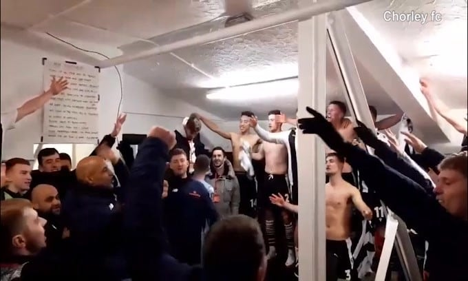 La magia della Fa Cup: lo Chorley elimina il Derby e canta negli spogliatoi