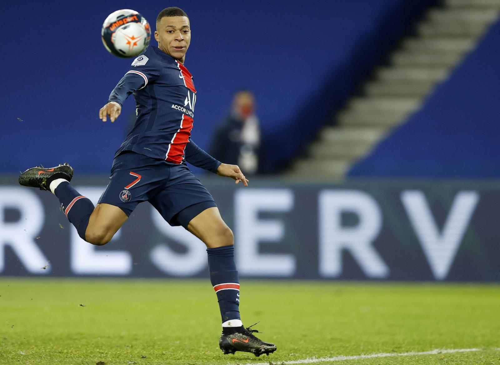 Ligue 1, Psg: poker al Montpellier, doppietta di Mbappé