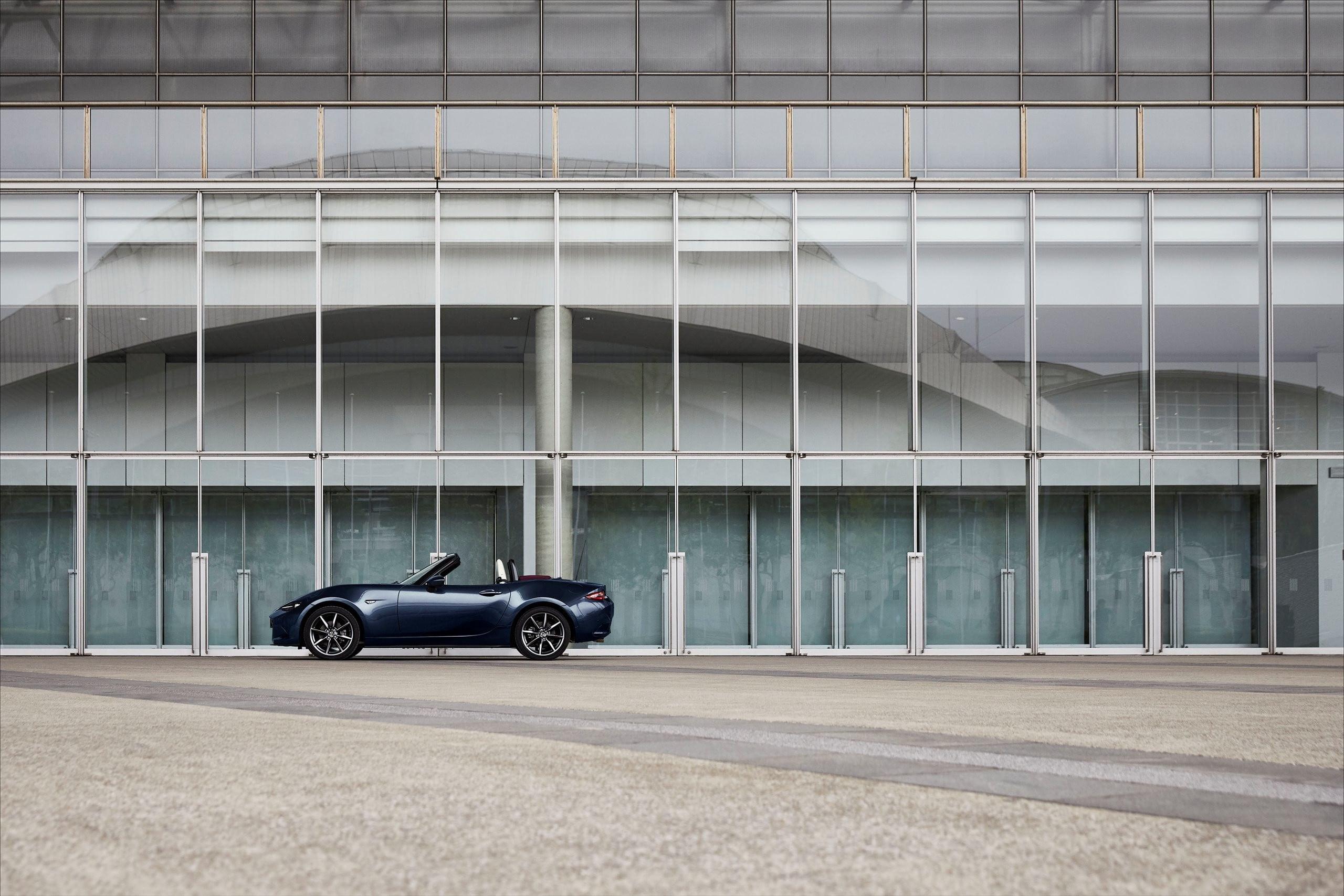 Mazda MX-5, novità nel restyling 2021
