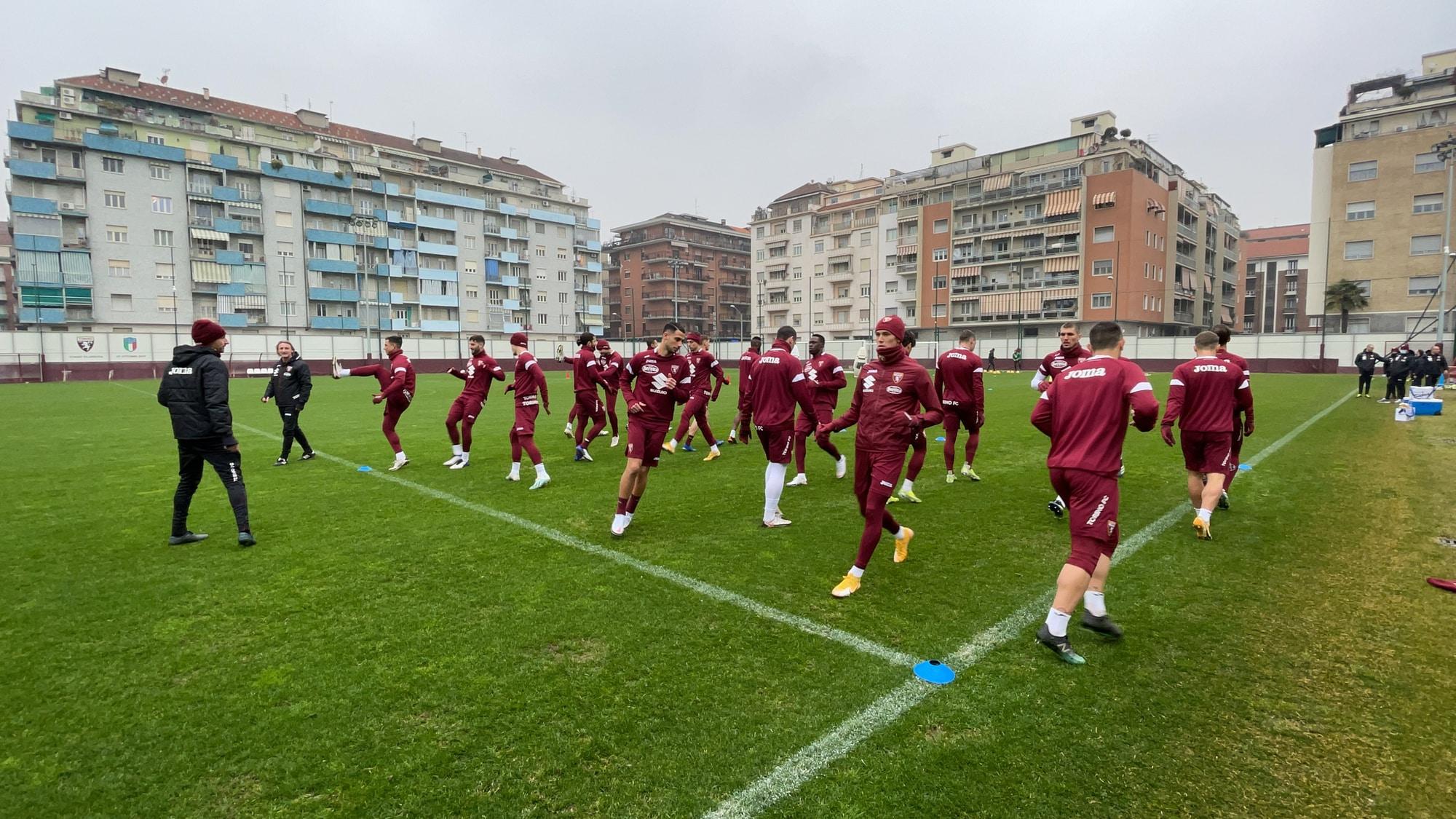 Torino, allenamento vista Atalanta: Vojvoda parzialmente in gruppo