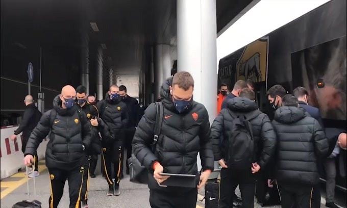 Verso Braga-Roma, i giallorossi partono per il Portogallo