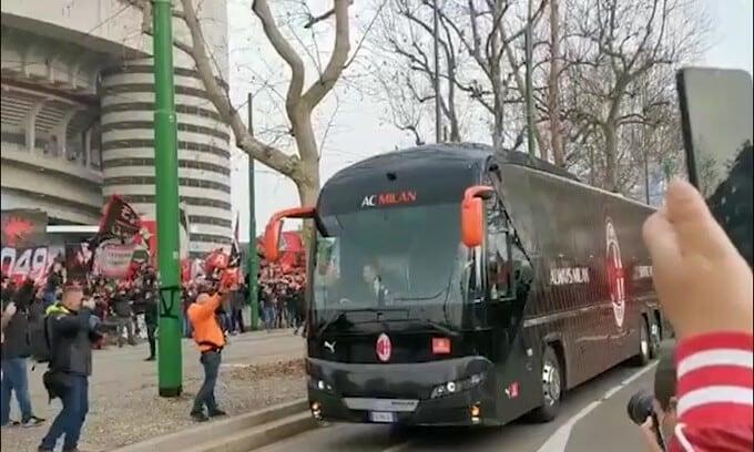Che accoglienza a San Siro per il Milan