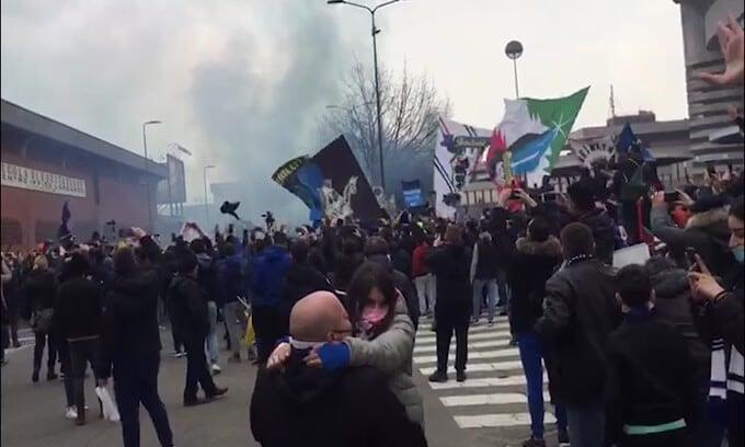In 5.000 spingono l'Inter