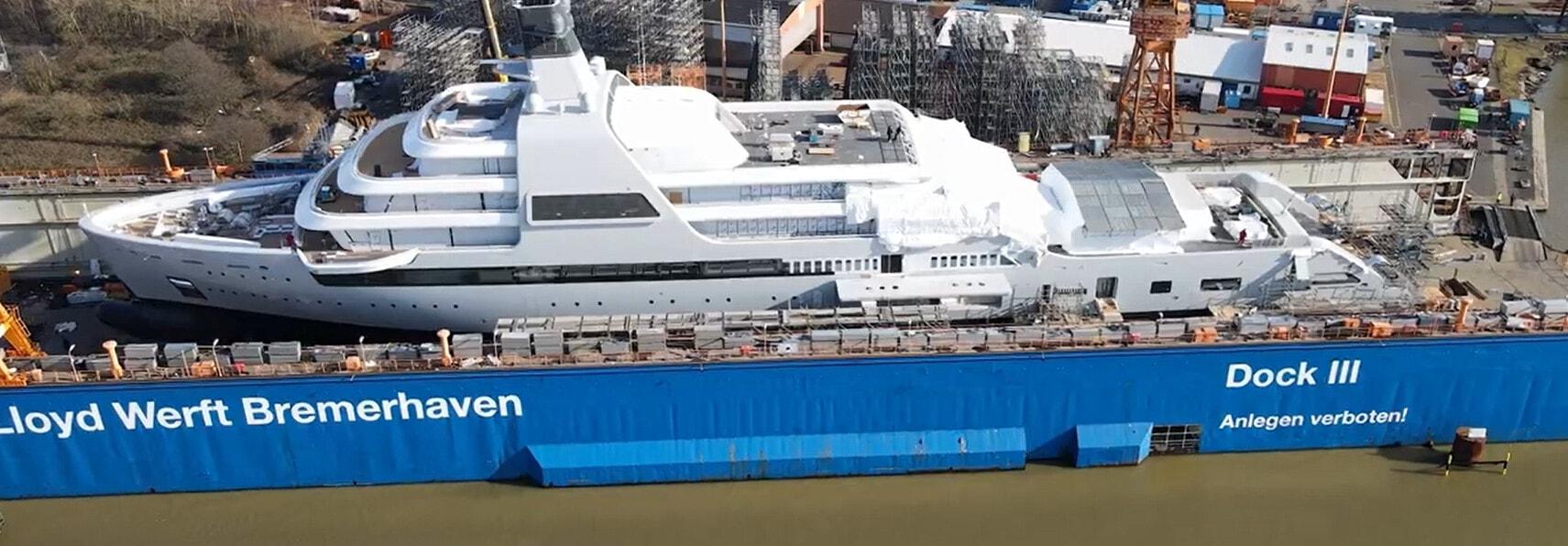 Il super yacht del patron del Chelsea Roman Abramovich