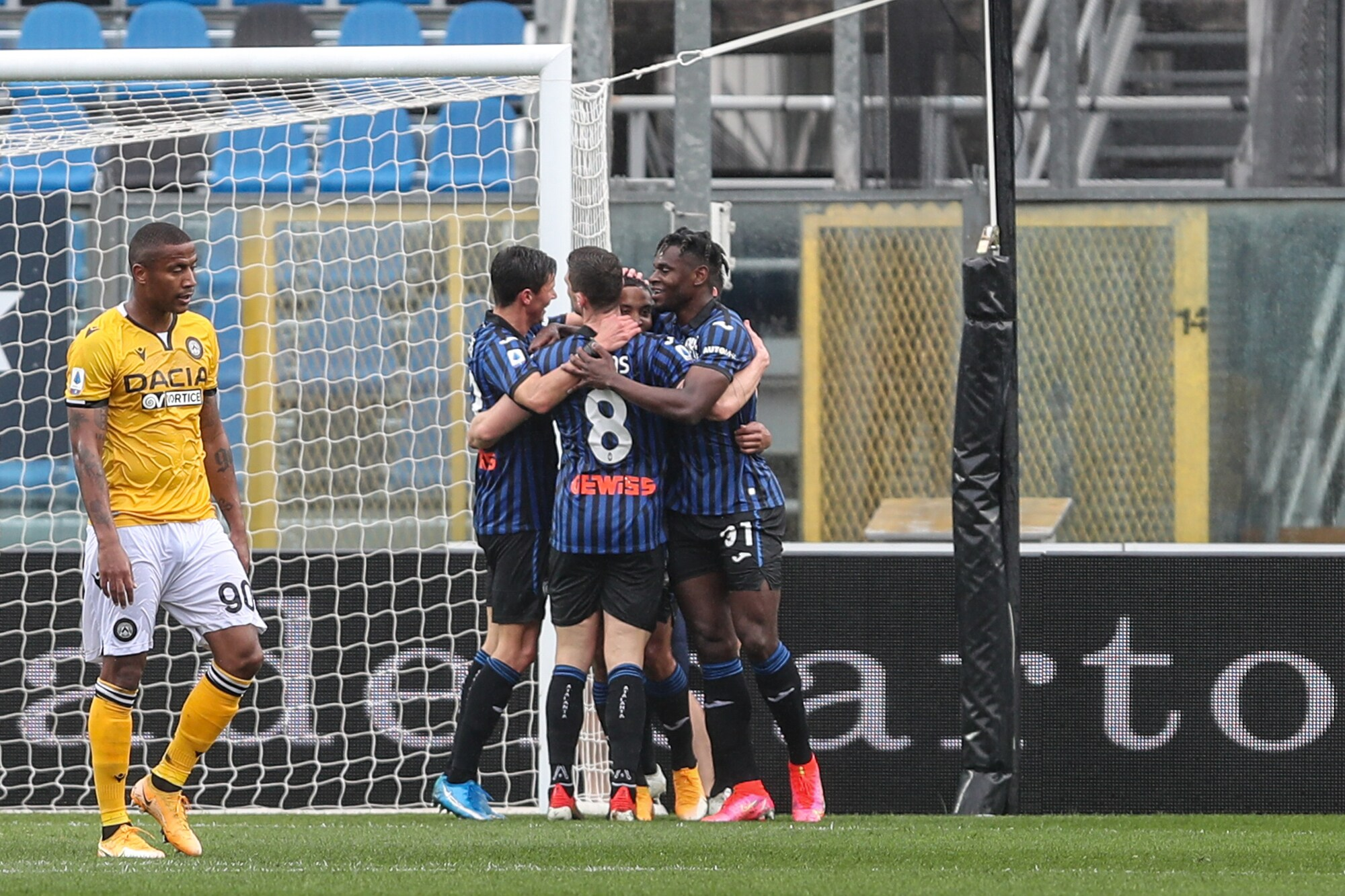 Muriel-Zapata show: l'Atalanta si porta a -2 dal Milan