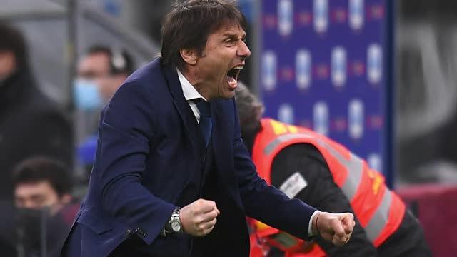 """Conte ve la línea de meta: """"Faltan muchos puntos y la presión aumenta"""""""