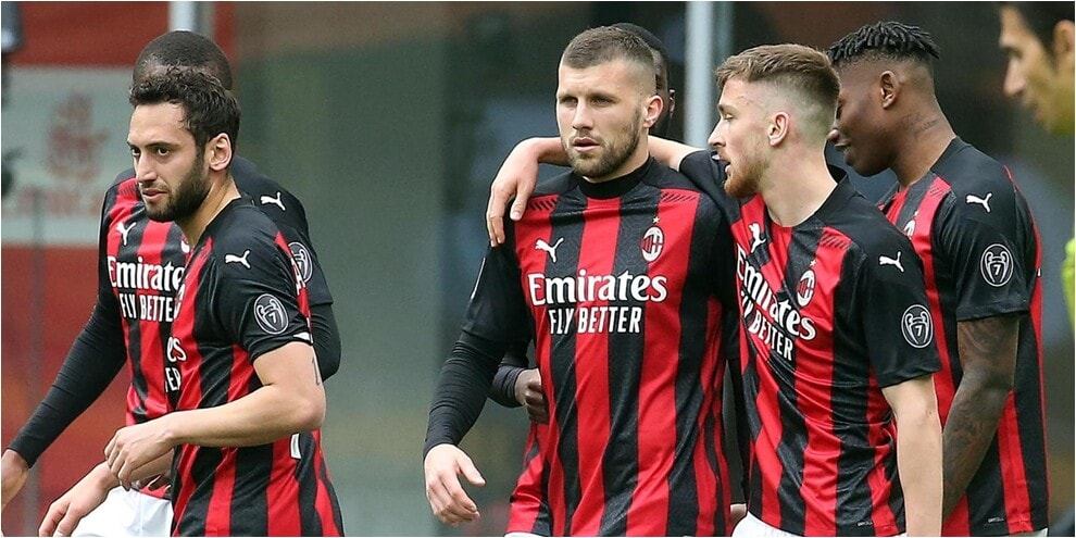 Senza Ibra ci pensa Rebic: il Milan batte il Genoa