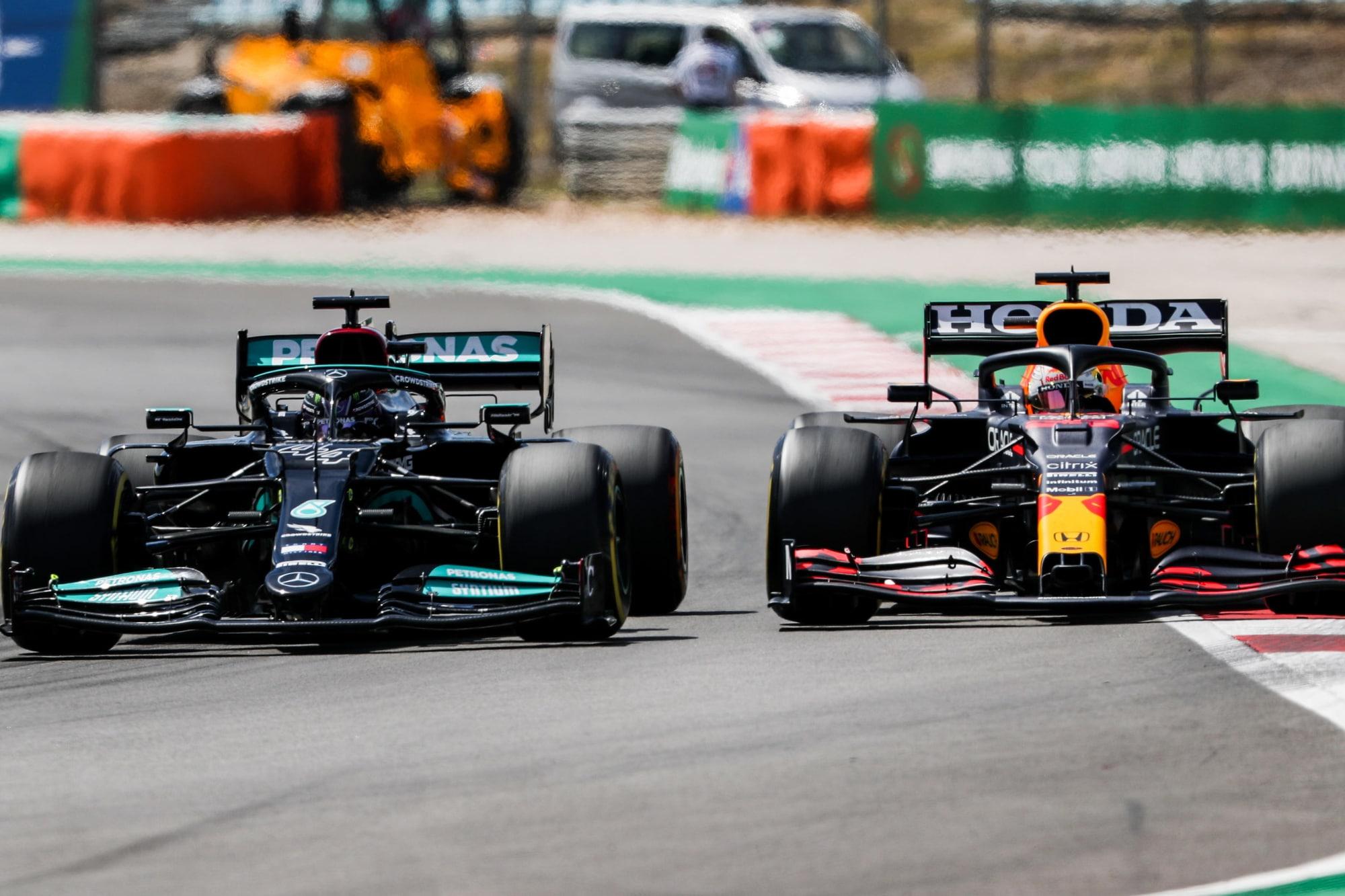 152154337 fef2e252 c931 49e7 90a4 6976db528fad - F1: Hamilton e Verstappen, poi il vuoto. Sarà lotta a due per il Mondiale