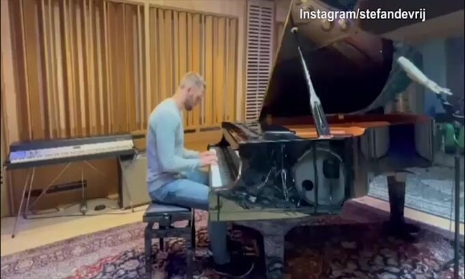 De Vrij, pianista da applausi