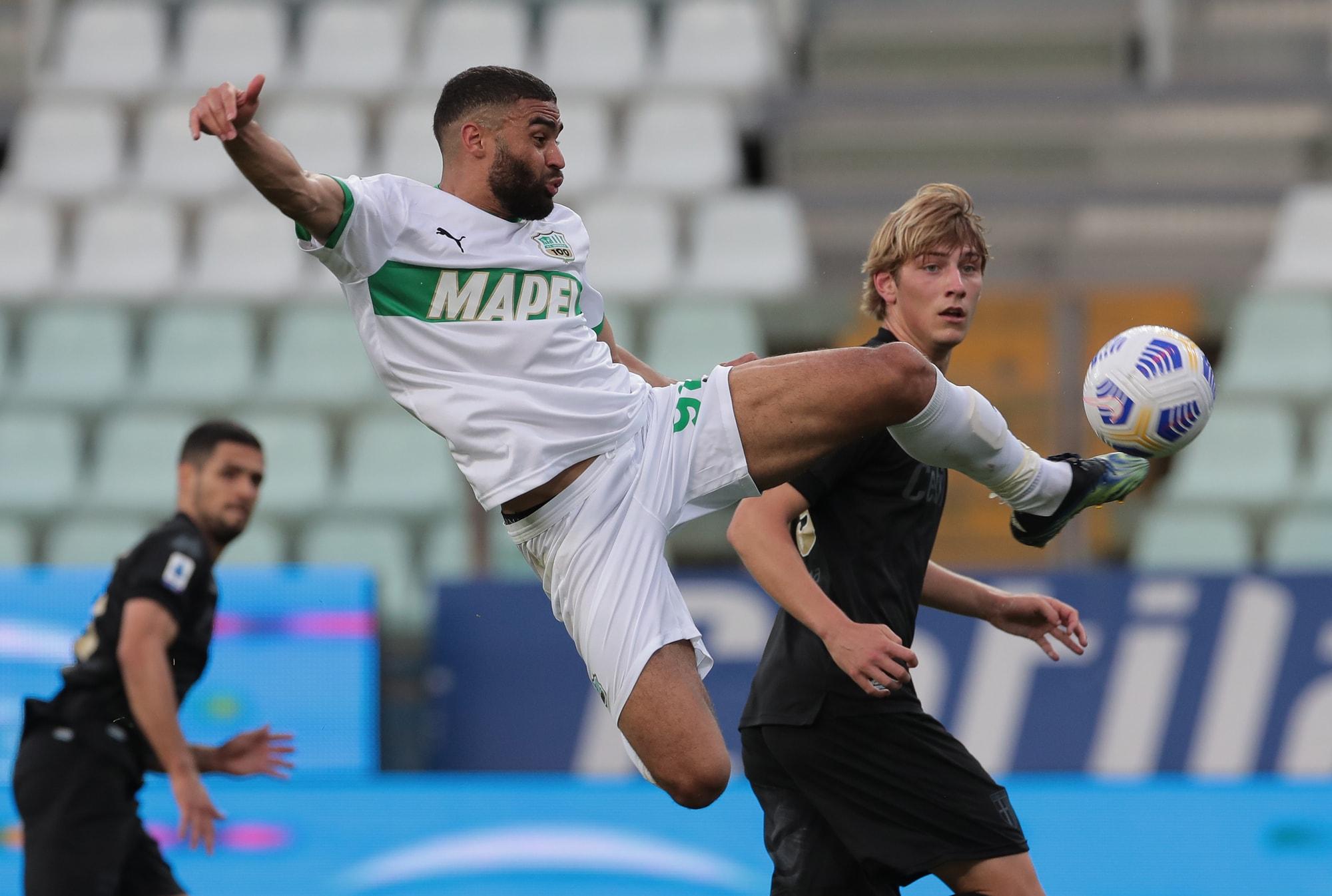 Defrel, che gol in acrobazia! Il Sassuolo vince a Parma