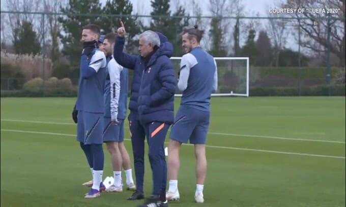 Mourinho a Roma tra un mese